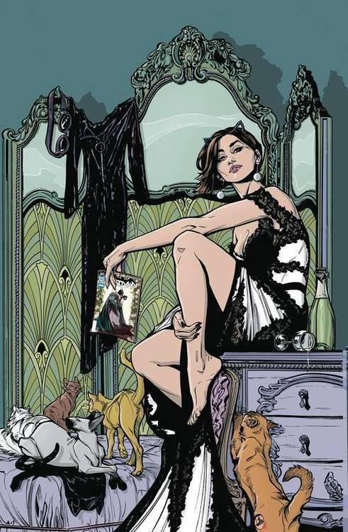 Catwoman TPB Volume 01 Copycats